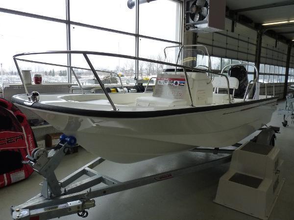 Boston whaler classic w trailer brick7 boats for Danvers motor co inc