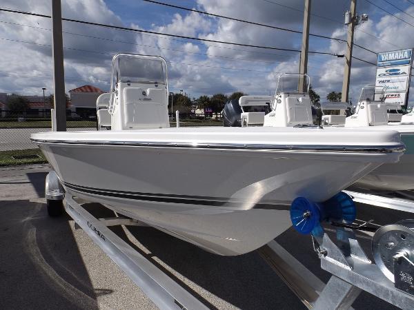 Cobia 21 Bay Boat - Brick7 Boats