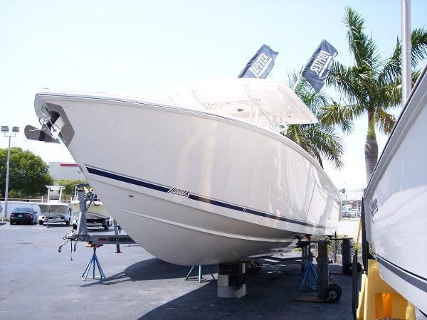 2014 Jupiter 34 FS Hybrid