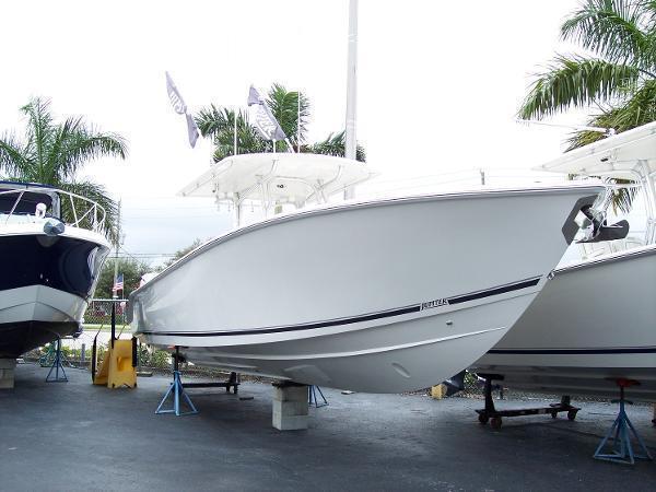 2014 Jupiter 38 FS Hybrid